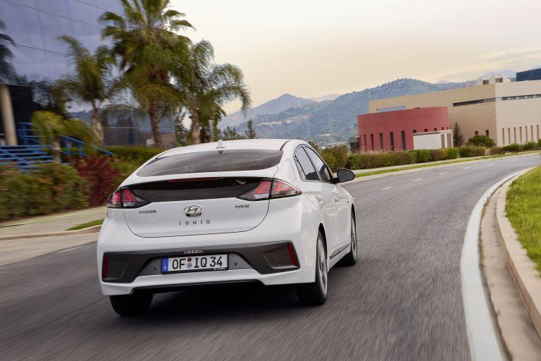2019 Hyundai Ioniq Hybrid 544547