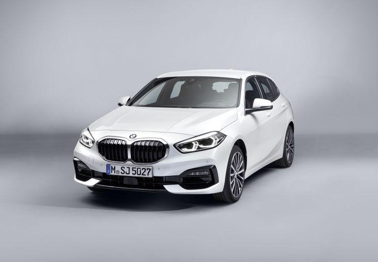 2019 BMW 118i ( F40 ) Sportline 546631