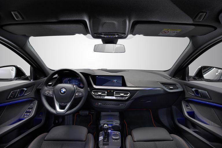 2019 BMW 118i ( F40 ) Sportline 546639