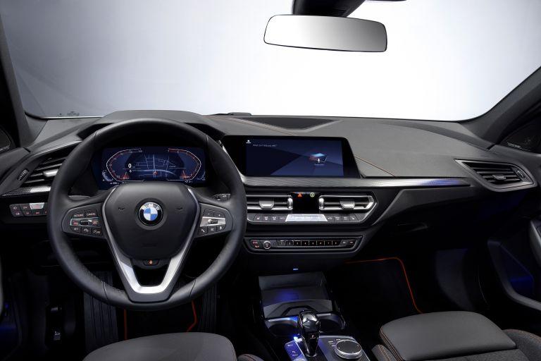 2019 BMW 118i ( F40 ) Sportline 546640