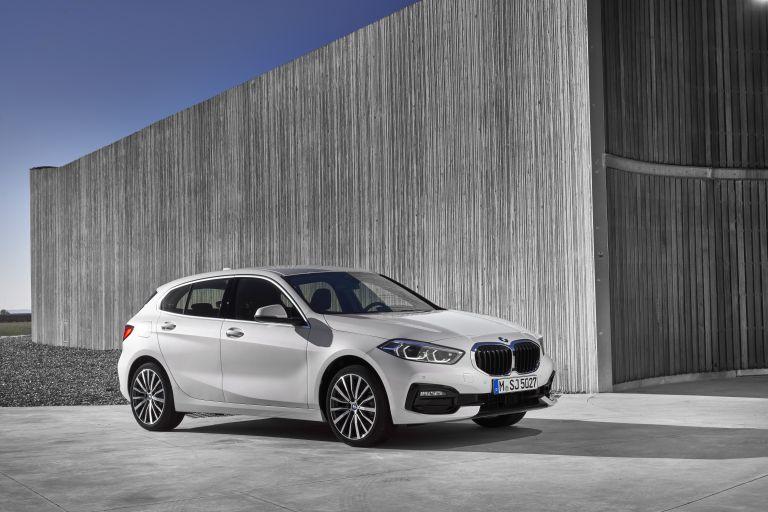 2019 BMW 118i ( F40 ) Sportline 546643
