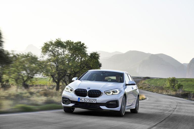 2019 BMW 118i ( F40 ) Sportline 546658