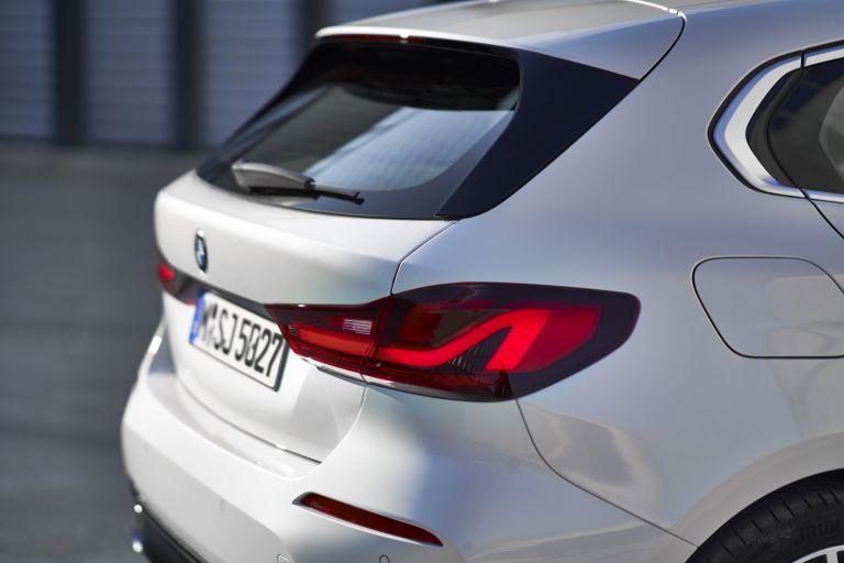2019 BMW 118i ( F40 ) Sportline 546667