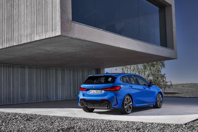 2019 BMW M135i ( F40 ) xDrive 546700
