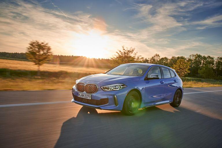 2019 BMW M135i ( F40 ) xDrive 553100