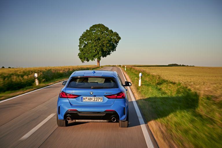 2019 BMW M135i ( F40 ) xDrive 553115