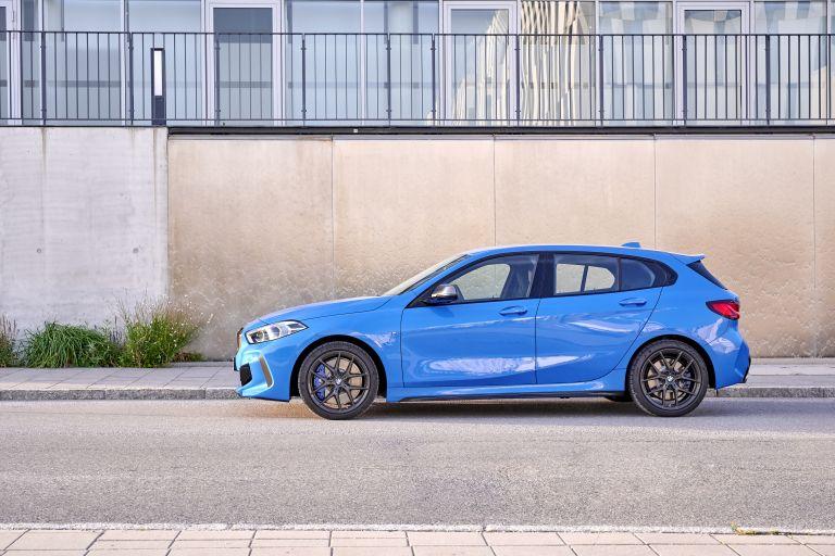 2019 BMW M135i ( F40 ) xDrive 553138