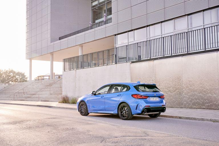 2019 BMW M135i ( F40 ) xDrive 553139