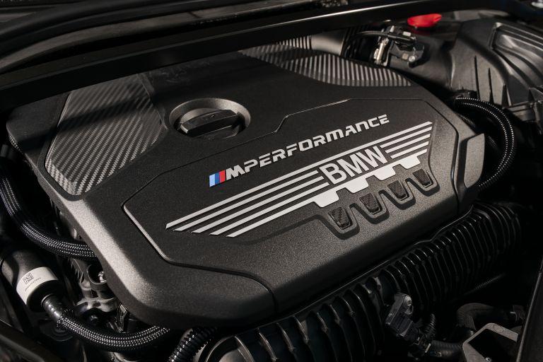 2019 BMW M135i ( F40 ) xDrive 553180