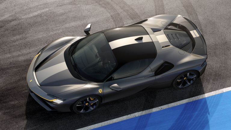2019 Ferrari SF90 Stradale 547138