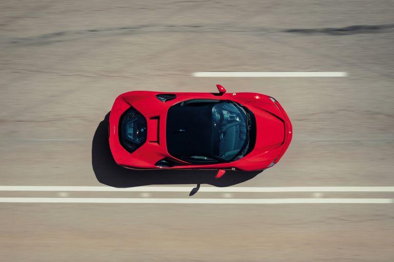 2019 Ferrari SF90 Stradale 586402