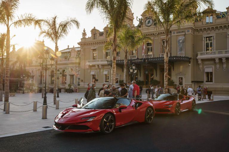2019 Ferrari SF90 Stradale 588096