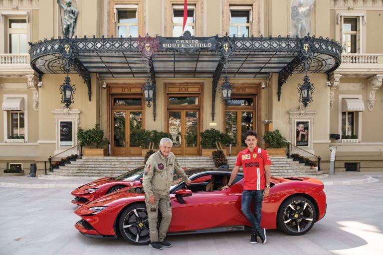 2019 Ferrari SF90 Stradale 588100