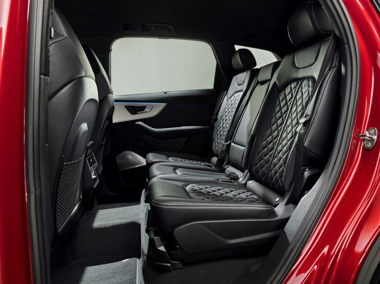 2020 Audi Q7 560104