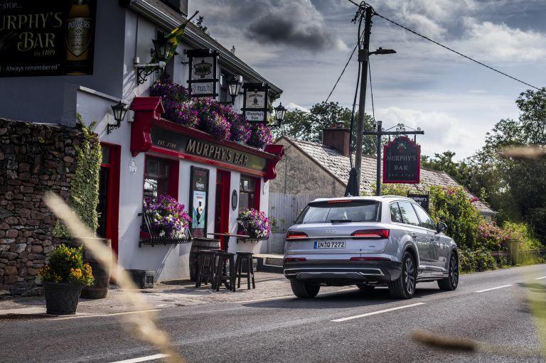 2020 Audi Q7 560116