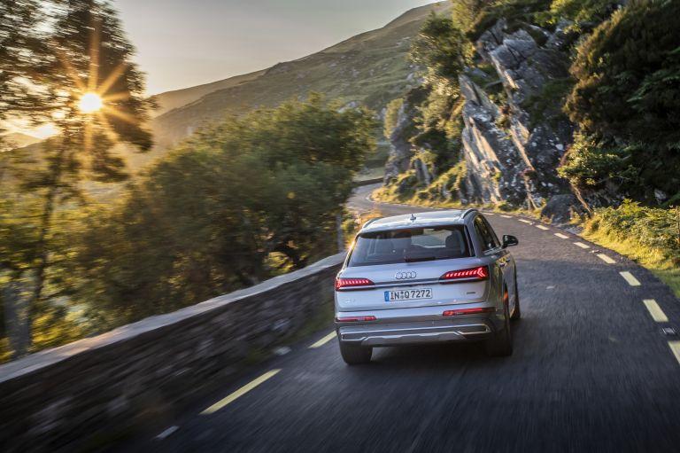 2020 Audi Q7 560123