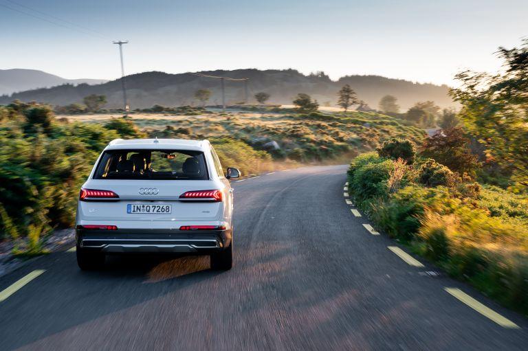 2020 Audi Q7 560126