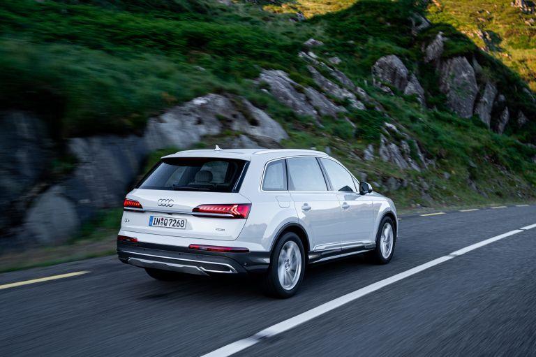 2020 Audi Q7 560130