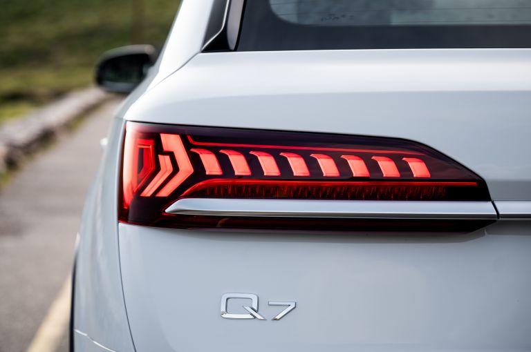 2020 Audi Q7 560133
