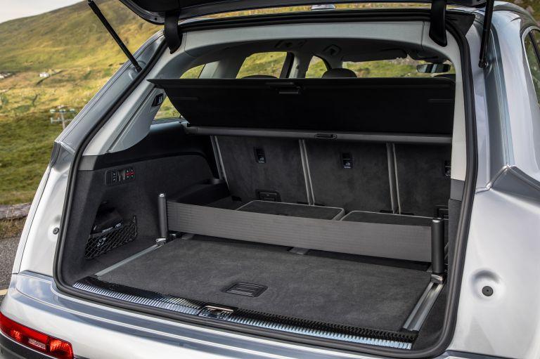 2020 Audi Q7 560136