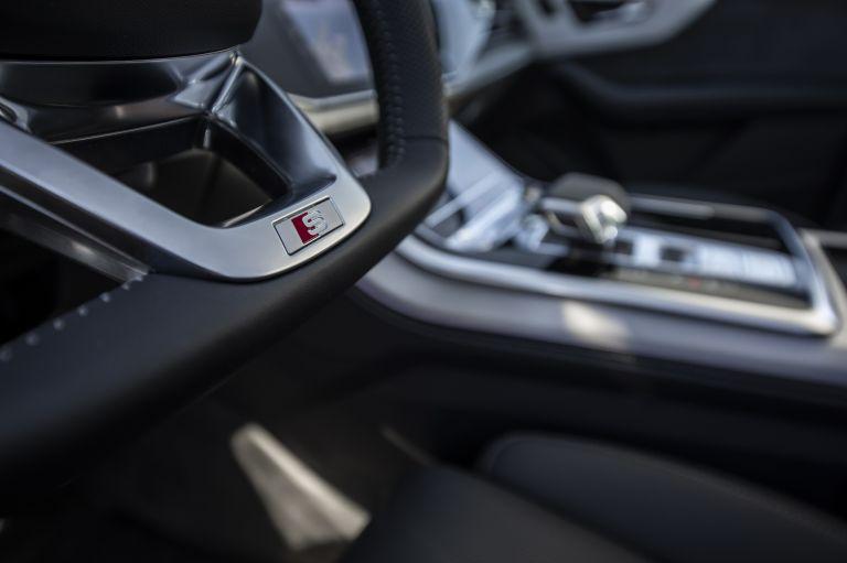 2020 Audi Q7 560142