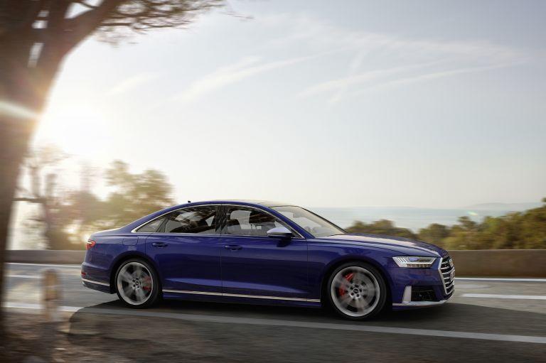 2019 Audi S8 551008