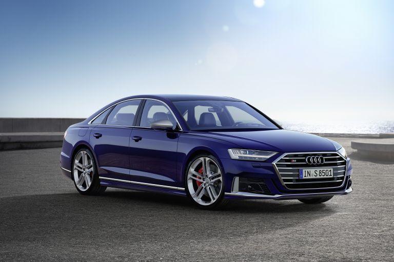 2019 Audi S8 551011