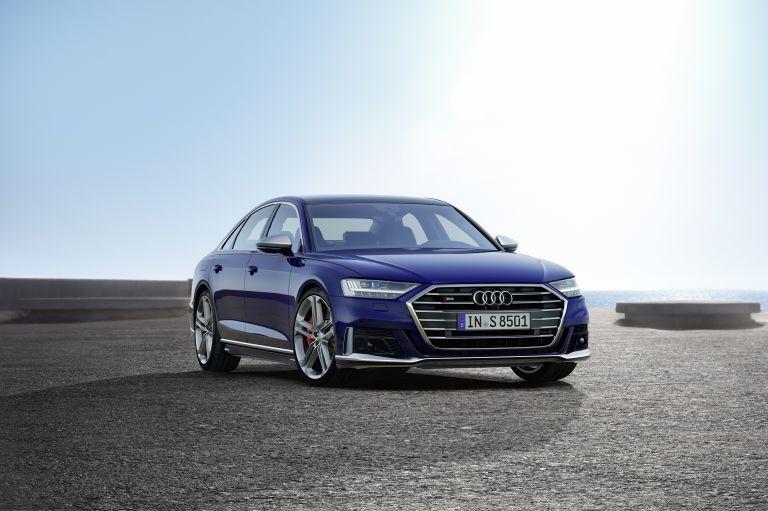 2019 Audi S8 551012