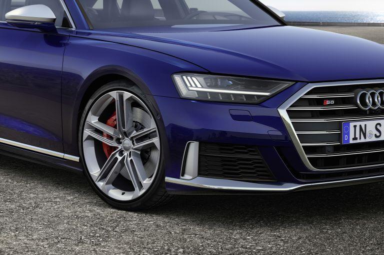 2019 Audi S8 551016