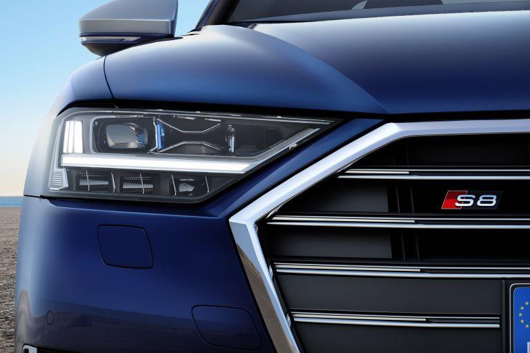 2019 Audi S8 551017