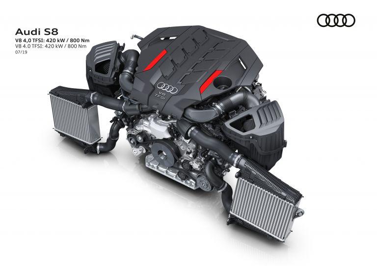 2019 Audi S8 551025