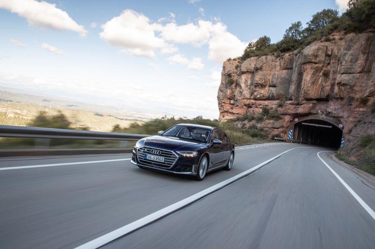 2019 Audi S8 568077