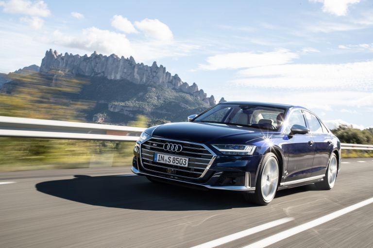 2019 Audi S8 568085