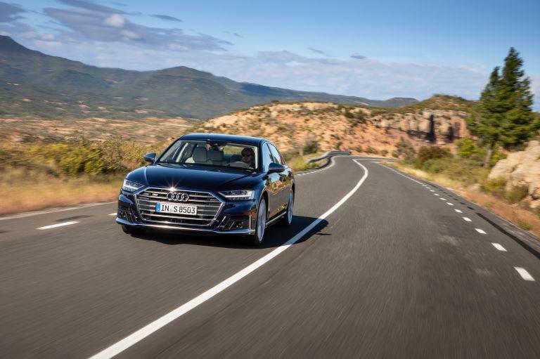 2019 Audi S8 568091