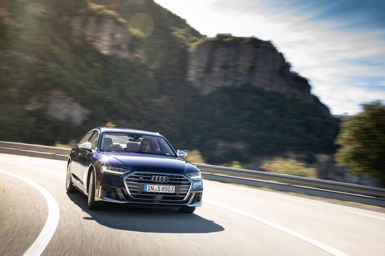 2019 Audi S8 568093