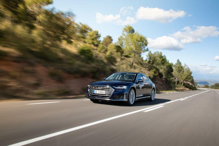 2019 Audi S8 568098