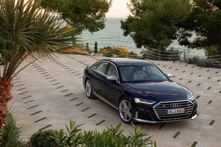 2019 Audi S8 568104