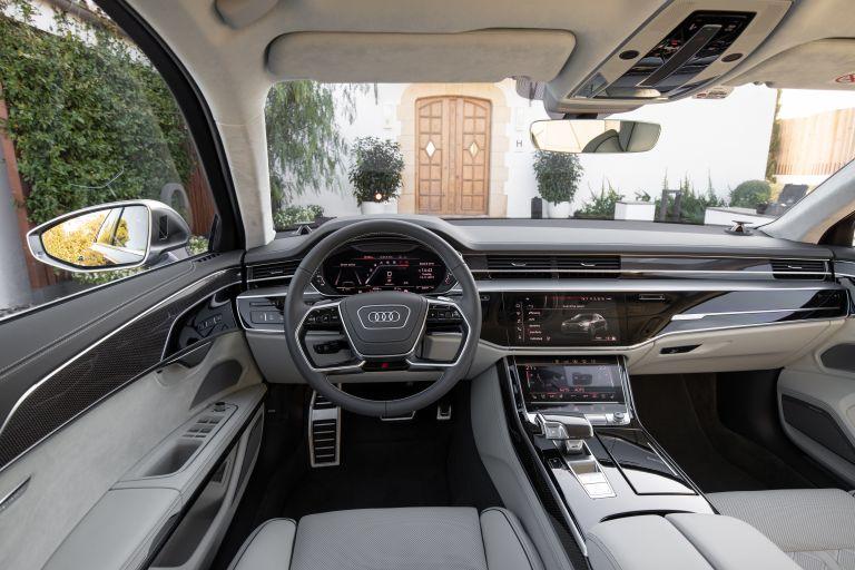 2019 Audi S8 568125