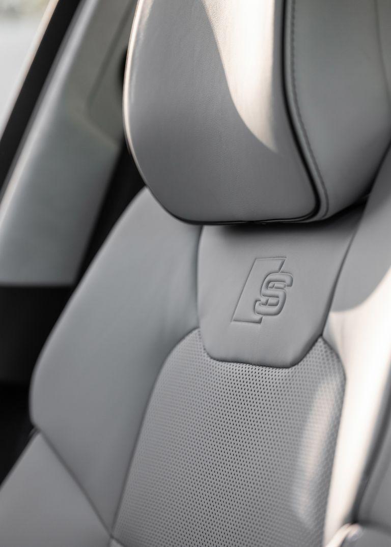 2019 Audi S8 568134