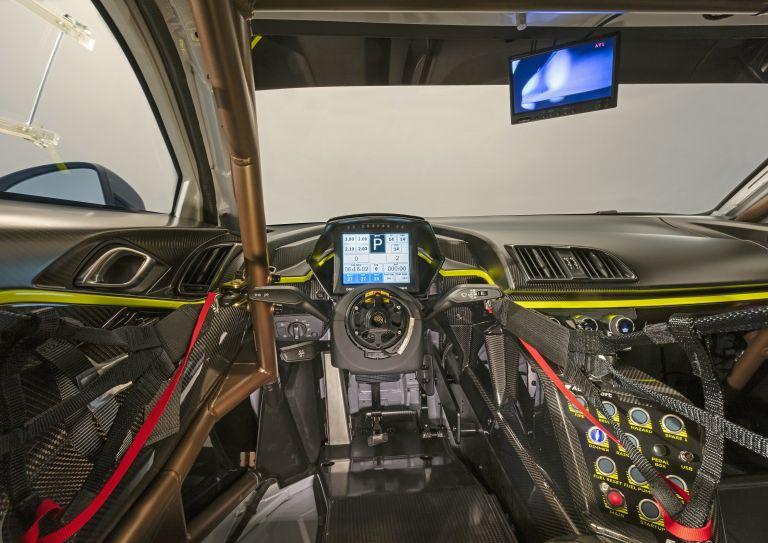 2020 Audi R8 LMS GT2 551520