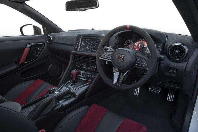 2020 Nissan GT-R ( R35 ) Nismo 552081