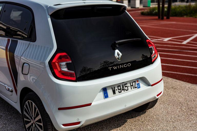 2019 Renault Twingo Le Coq Sportif Limited Edition 552332