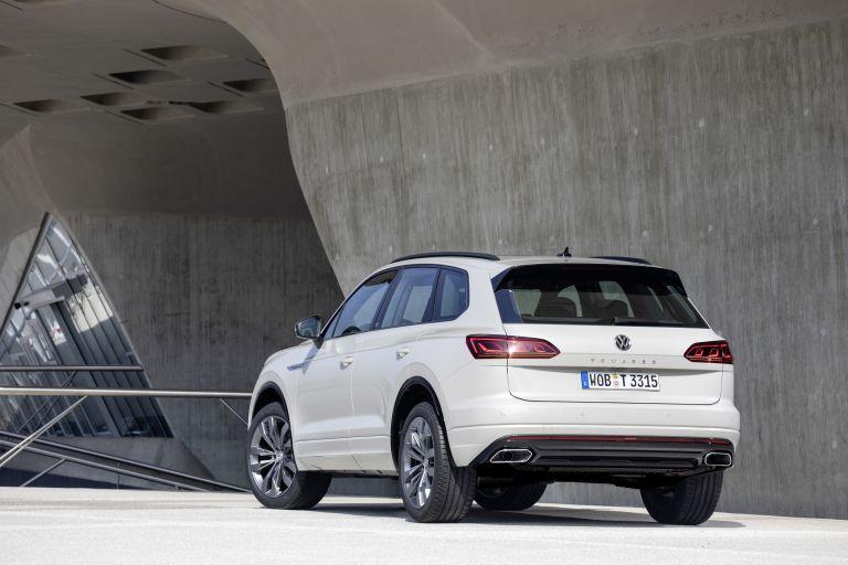 2019 Volkswagen Touareg One Million special edition 555695