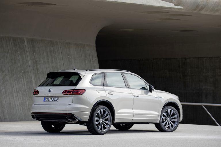 2019 Volkswagen Touareg One Million special edition 555697