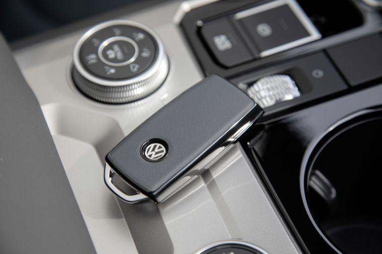 2019 Volkswagen Touareg One Million special edition 555702