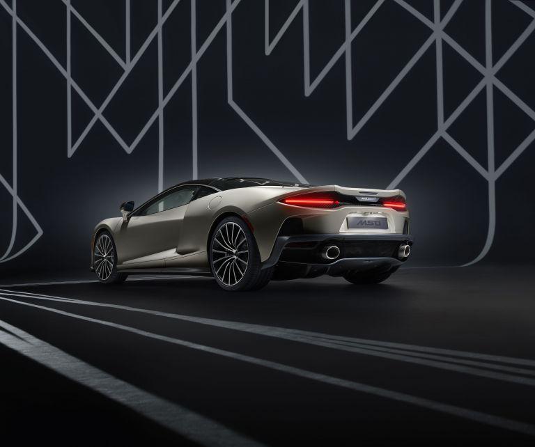 2019 McLaren GT by MSO 556097