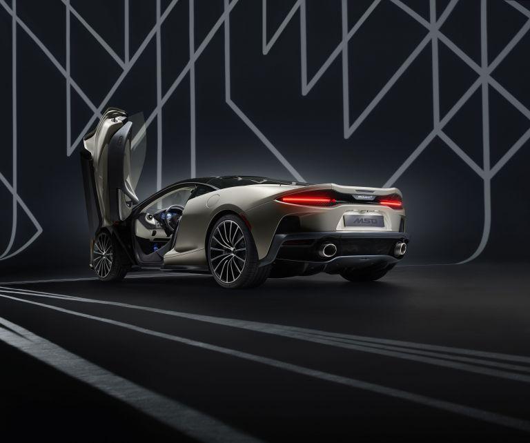 2019 McLaren GT by MSO 556098