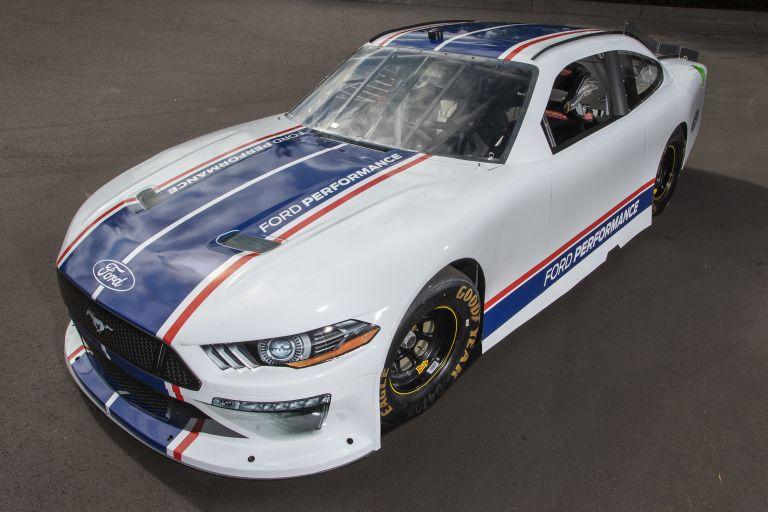 2019 Ford Mustang NASCAR Xfinity series 556299