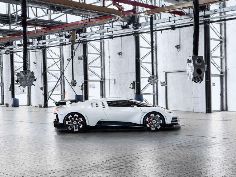 2020 Bugatti Centodieci 559186