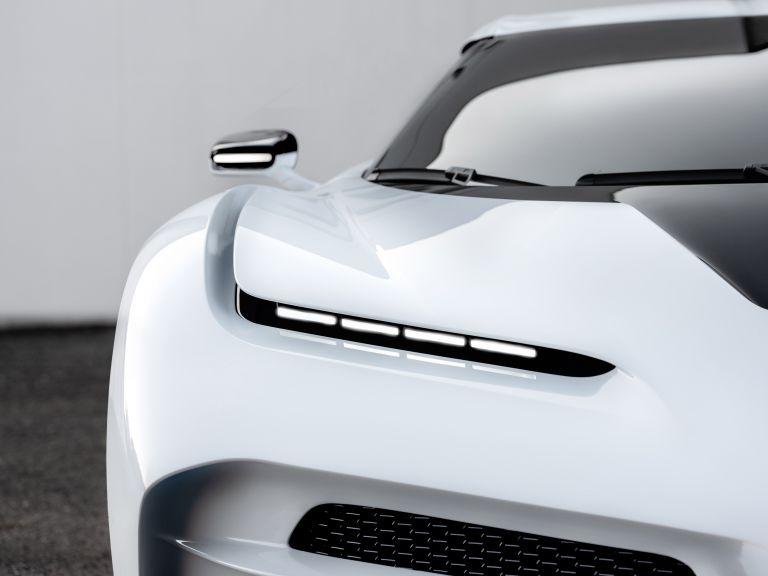 2020 Bugatti Centodieci 559192